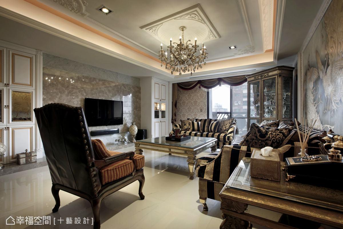 十藝設計依照屋主的預設條件,打造經典巴洛克風。