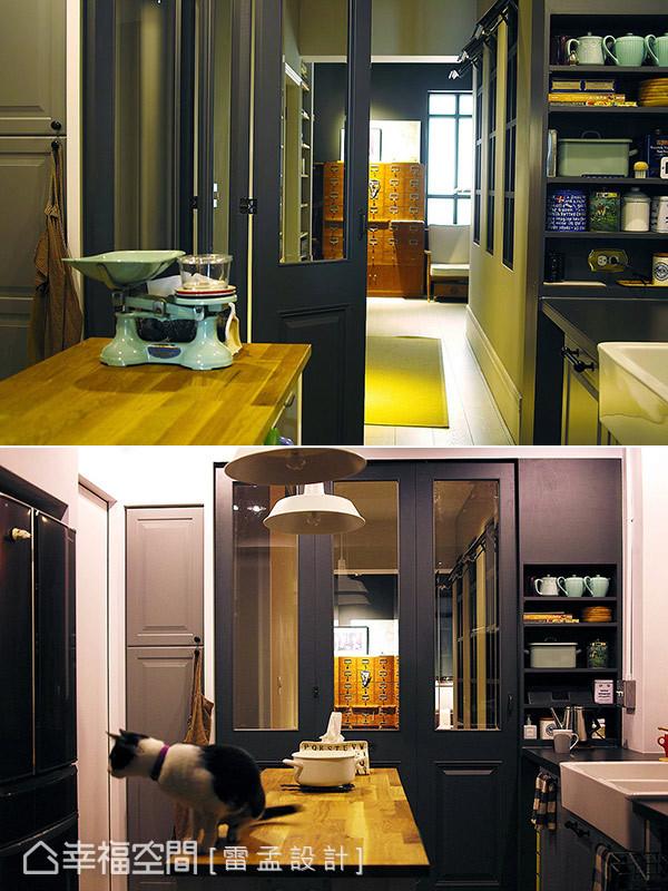 可摺放至牆側的摺疊門片增添空間的應用彈性,卻無礙光線與視野的流動貫穿。