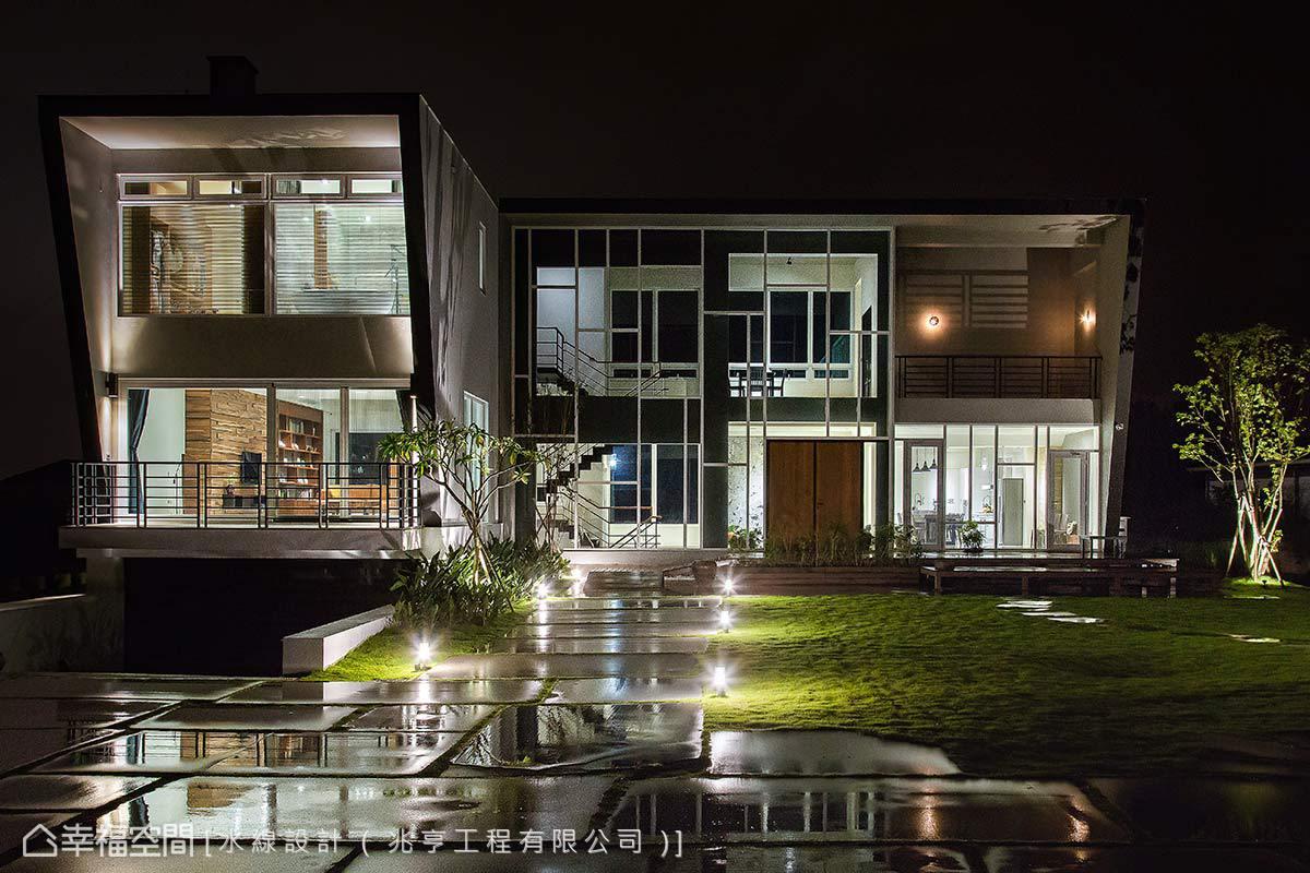 夜幕時分燃亮屋內照明,投射出巨大的玻璃光盒,呈現風情別具的夜景氛圍。