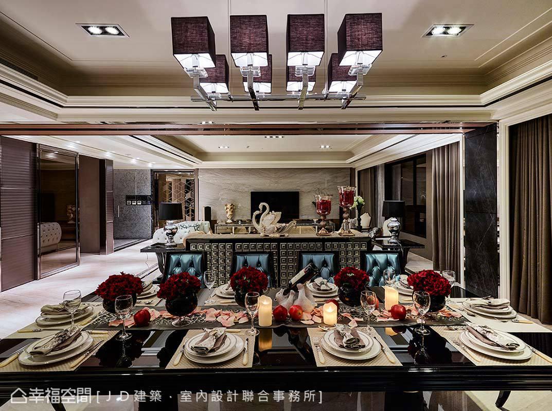 從餐廳望向客廳的視野,透過前後景的精心構建,形塑層疊豐富的延伸空間感。
