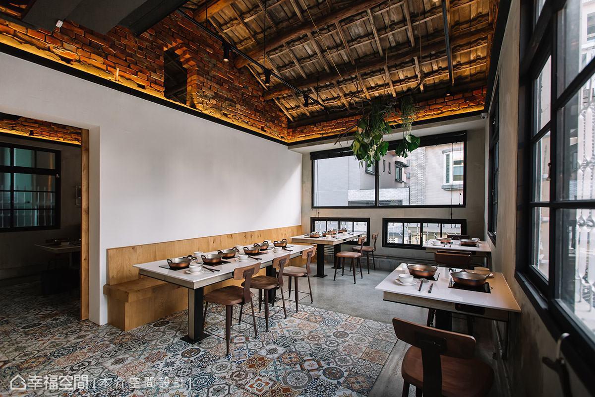 保留原始的砌磚與屋瓦造型,期待讓賓客感受到老式建築的特色與魅力。