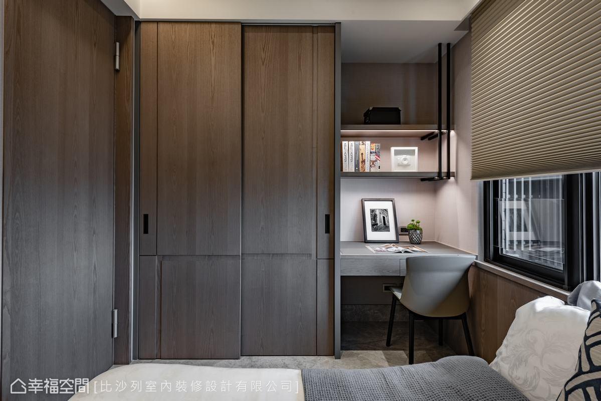 本案每處臥房皆有開窗,尺度雖然不大,設計卻善用每處隅角創造機能性,並使自然光綿密穿透。
