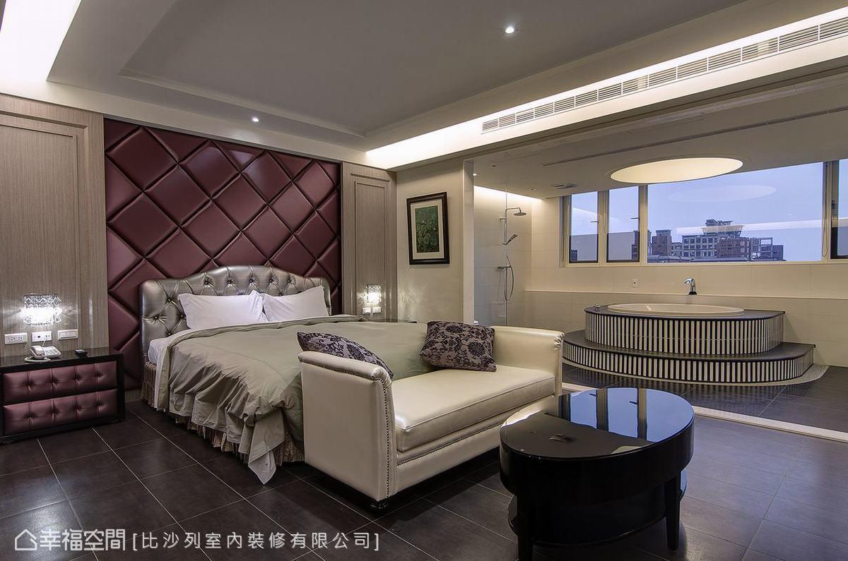 新古典風格房型,床頭採以菱格紋繃布造型鋪陳,材質延伸也讓床頭櫃有了呼應性的表現。
