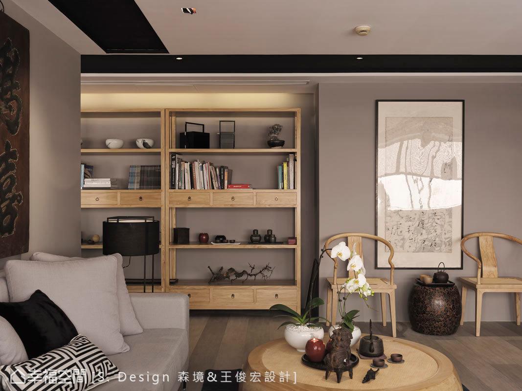 揉合東方設計與西方機能,擷取簡約調性及古樸況味,並演繹出當代品味的美好。