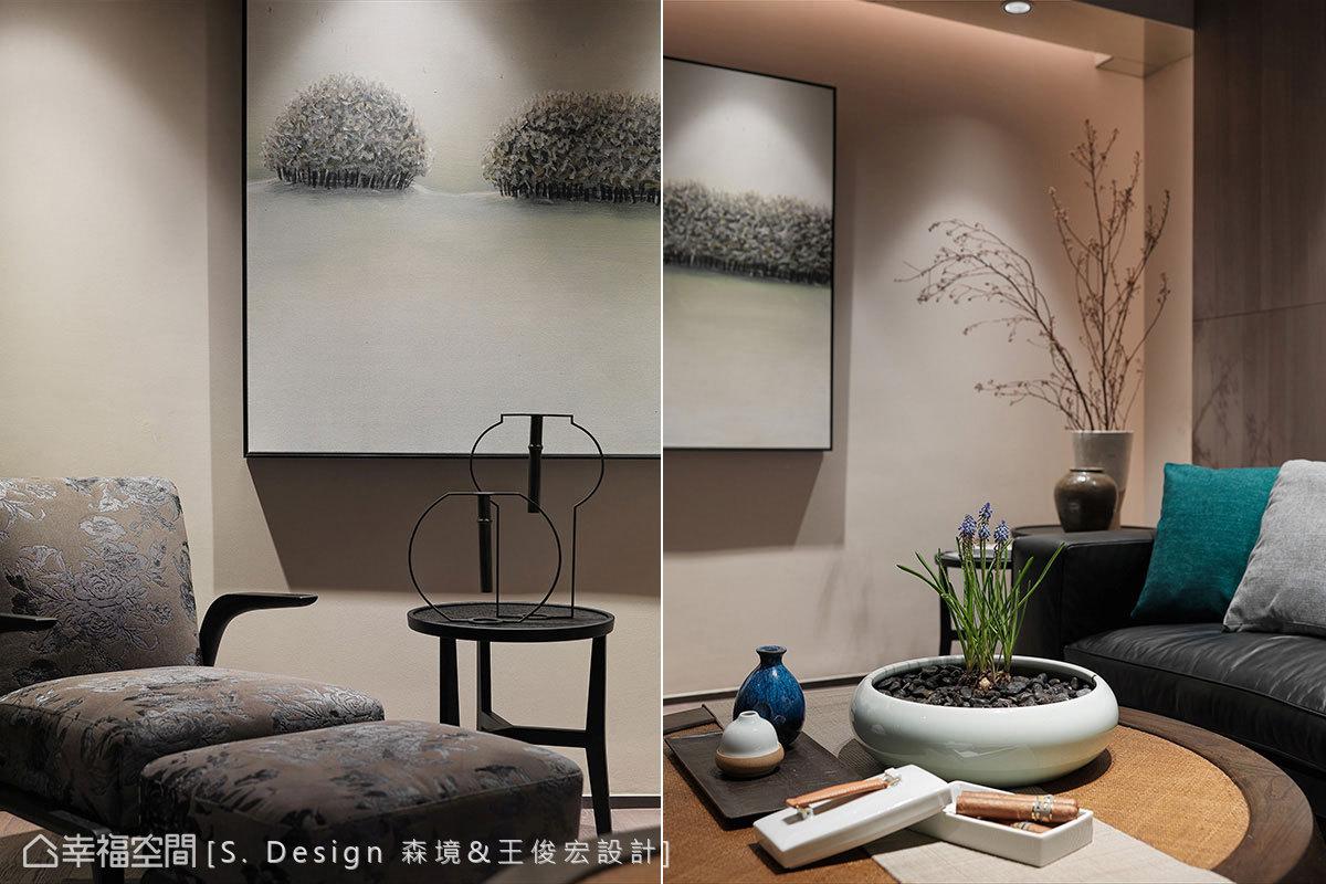 藝術掛畫、中式燈籠造型桌飾、酒器與盆花,都是王俊宏設計師的精心佳作。