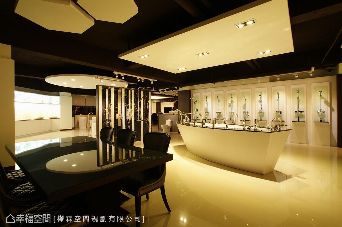 二樓規劃為衛浴單品展示區及試水區。