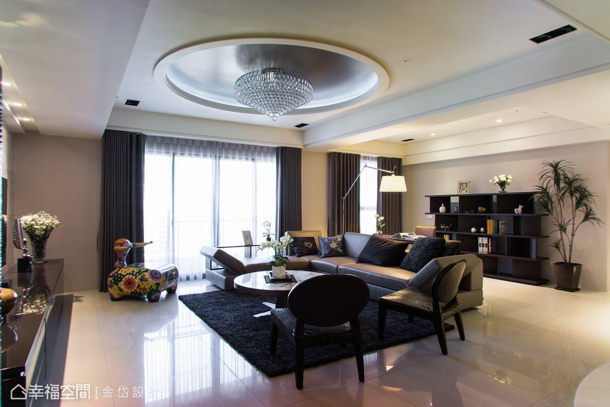 立面材質與訂製家具的完美拍合