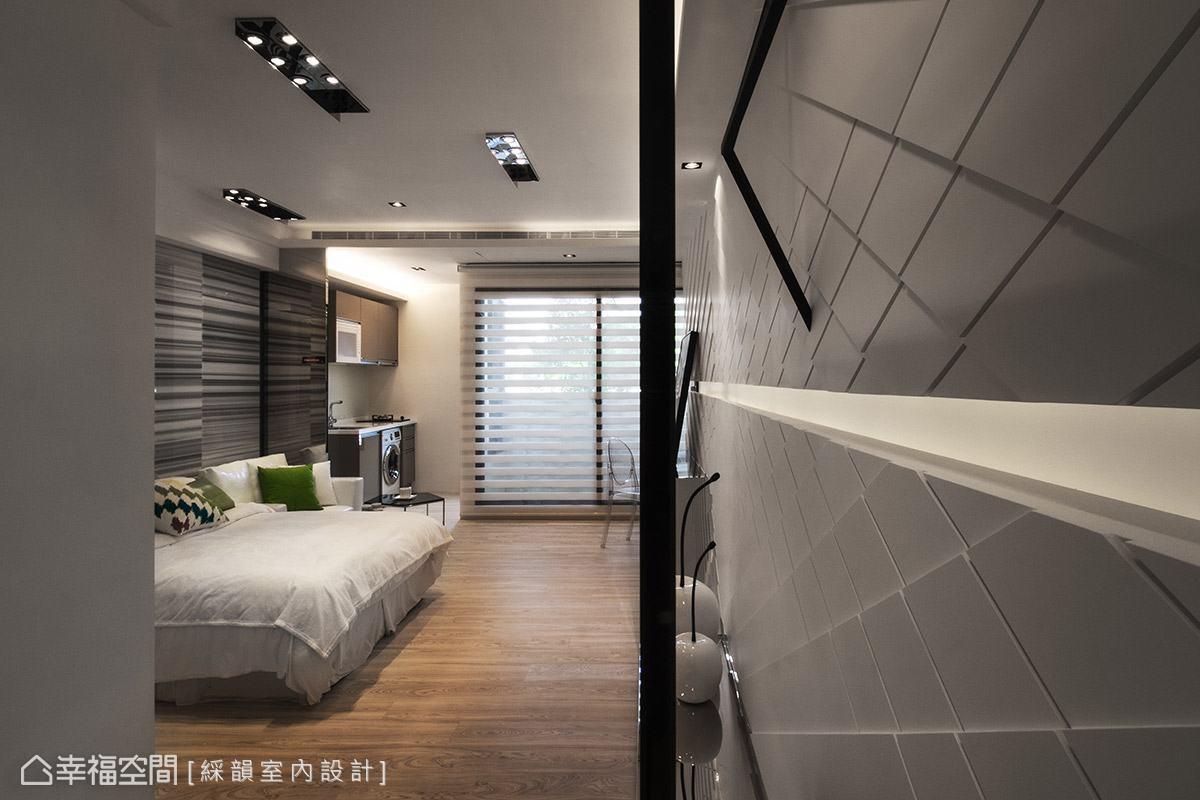 以現代精品宅為設計概念的小坪數房型,非常適合年輕、單身或是新婚族群入住。
