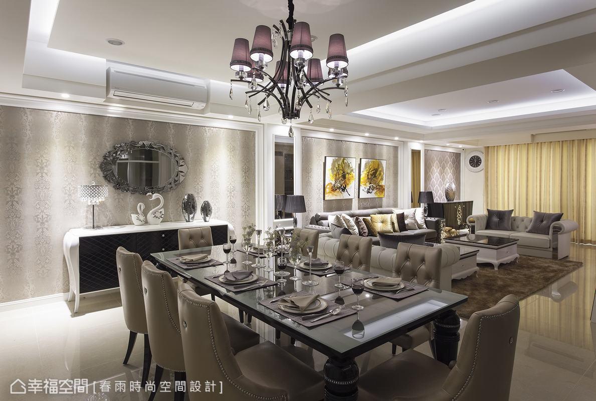 春雨設計以造型矮餐櫃取代傳統高櫃設計,與威尼斯鏡共塑宴會廳的華美氣度。