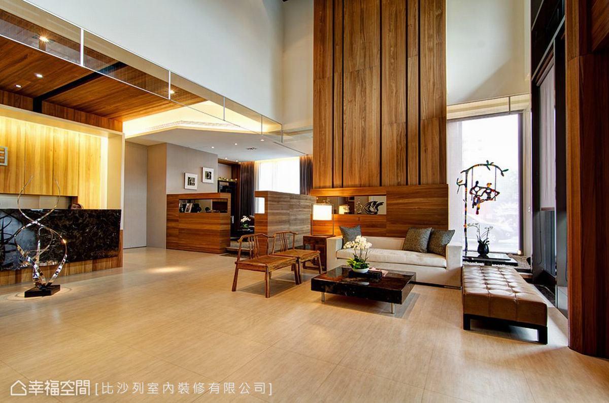 以淺色地坪為視覺打底,讓整體畫面更加自然舒適。
