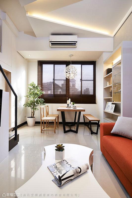 天花板採用幾何主題佐以間接光源,斜線的設計思考增加了造型趣味。