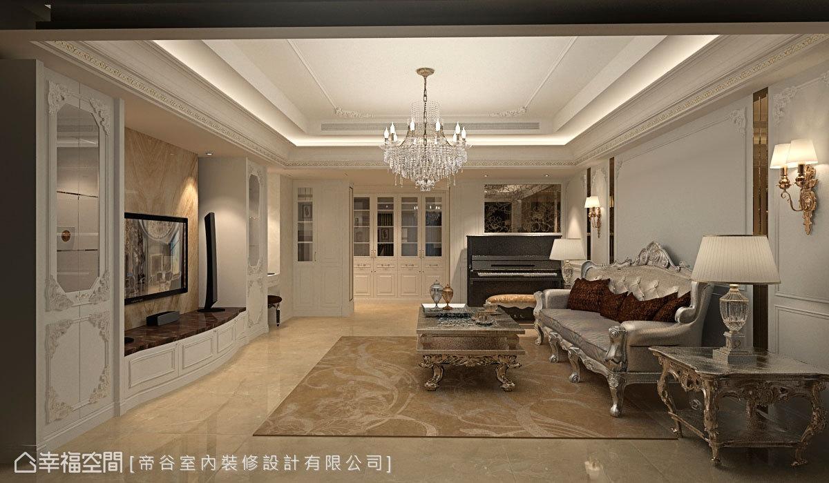 設計師依照現有的條件基礎安排機能與機具,並利用樑體深度規劃鋼琴區。