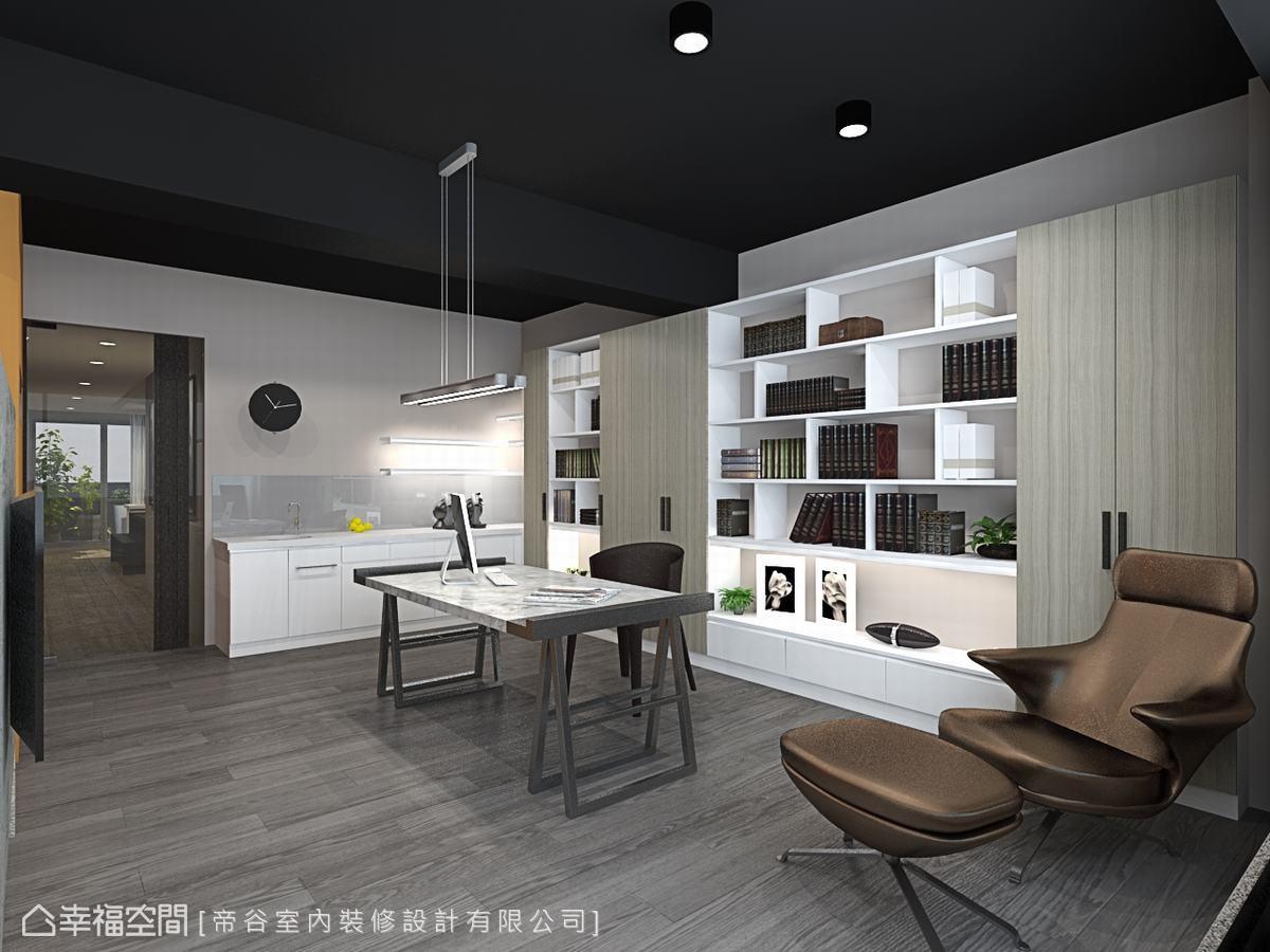 與對向衣櫃相呼應,書桌後方的書櫃採用相同的展示設計元素,使整體空間主題保有一致性。