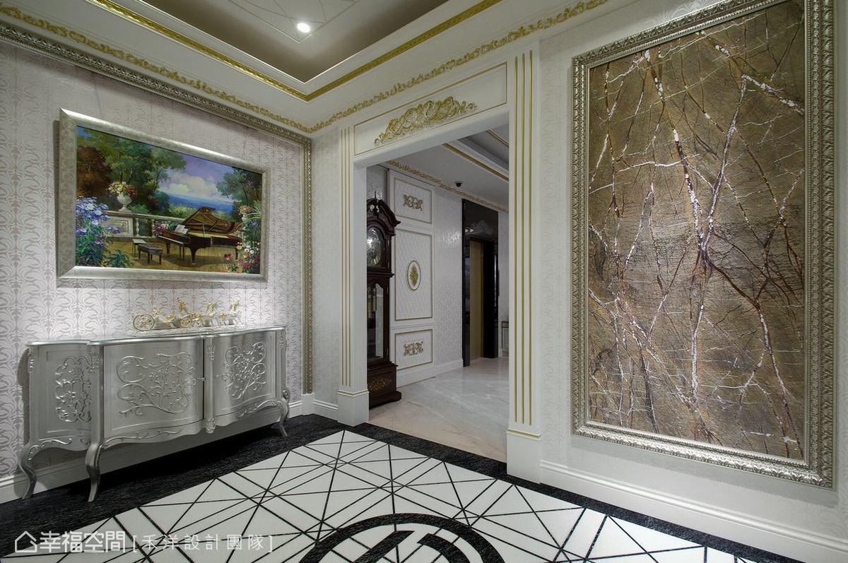 勾勒秋天意境的夏沐樹石佐以精緻畫框令人嘆為觀止,自然呈現的紋理變化竟比細心描繪刻劃更為細緻引人入勝。