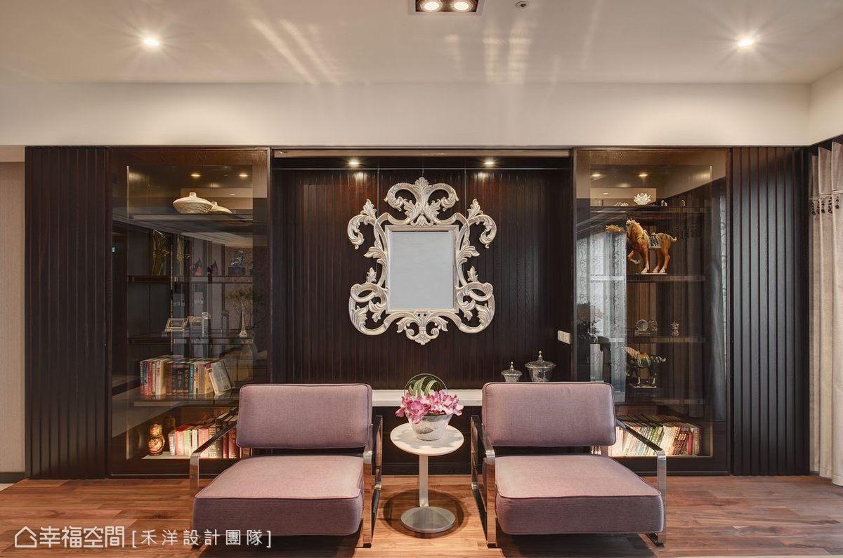 藝術鏡框發揮點睛之效,走出玄關後立即有令人眼睛一亮的視覺焦點。