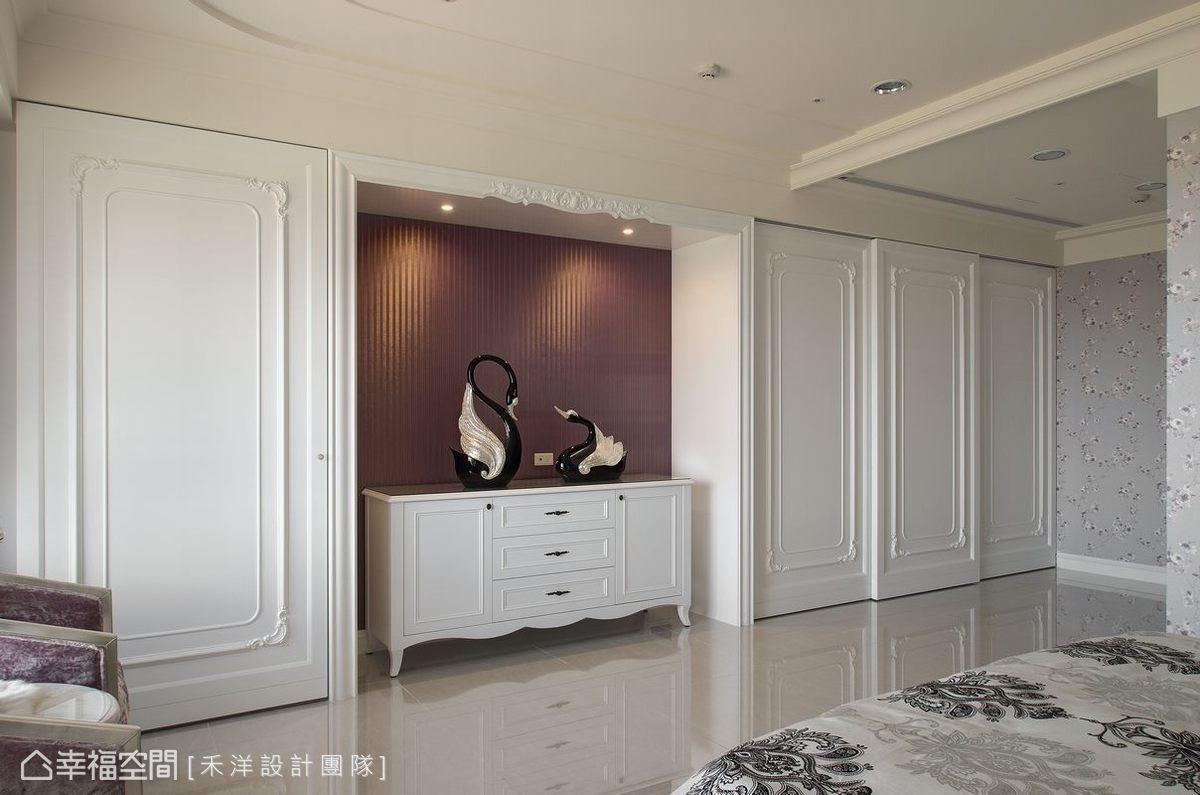 以細膩的白色古典線條為主,同步容納生活機能,兼顧美學與實用性。