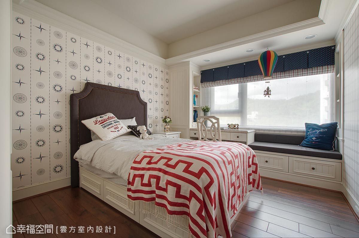 兩間房間皆有臥榻設計,潘仕敏設計師親自陪著兩位女孩挑選擺飾、傢俱等,為女孩們打造屬於自己的理想臥房。