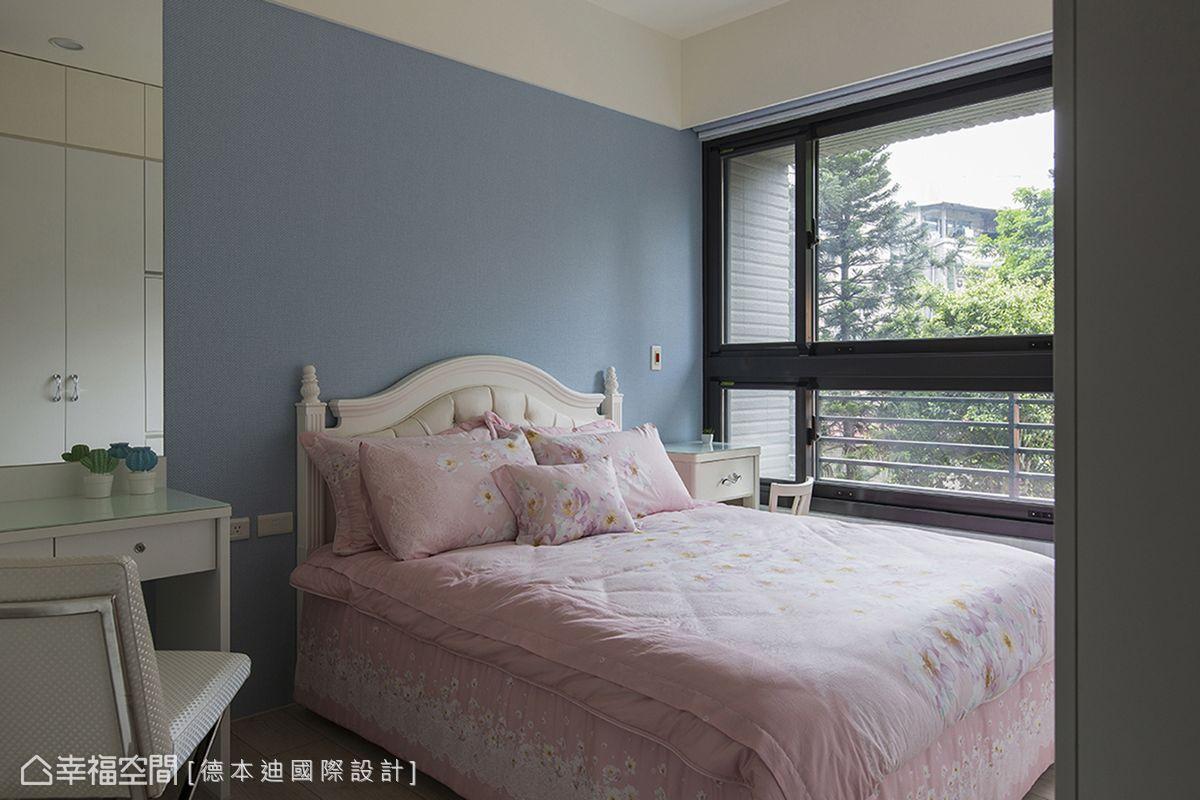 擁有大面採光的優勢,讓窗外景色隨時都能化為室內一景。