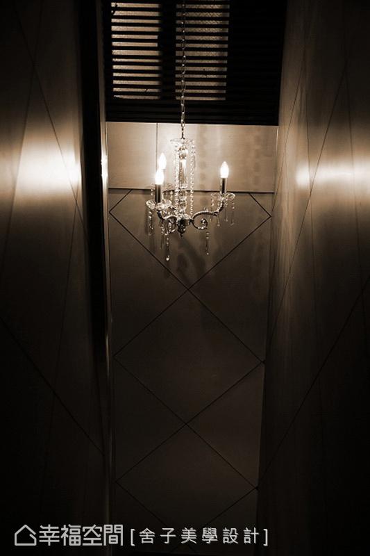 越夜越美麗,一盞燈光的安排看似簡單,但在簡單背後,清晰的概念及細節,稱之為一門藝術也不為過。
