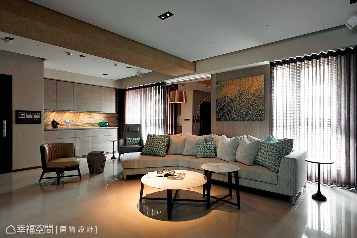 開物設計營造大尺度的公共場域,以精湛的施作功力與設計美感,融入飯店式的大器風範。