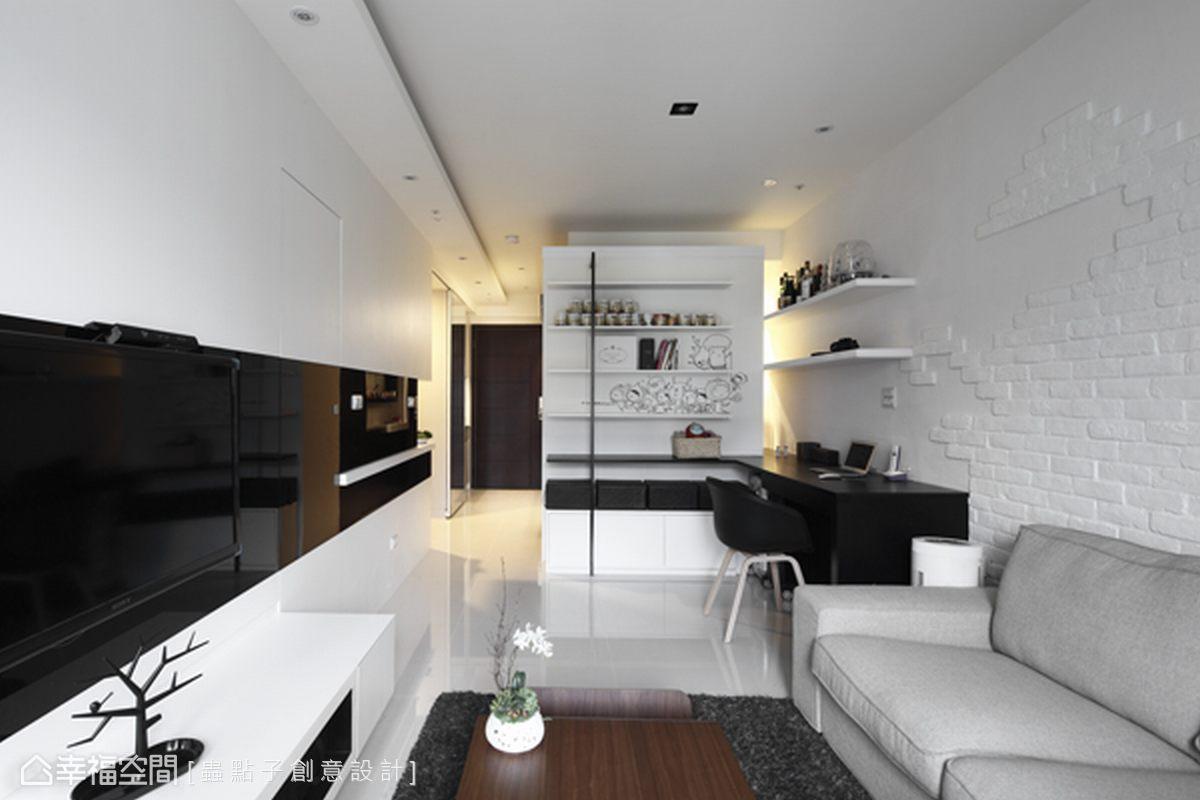 立體盒子變成一間臥室,保留局部視覺穿透感,化解小坪數居家常有的壓迫。