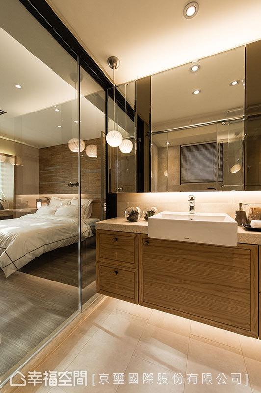 玻璃的輕透質感,透視性帶動衛浴與睡眠關係,明亮呈現無阻斷的朗闊視野。