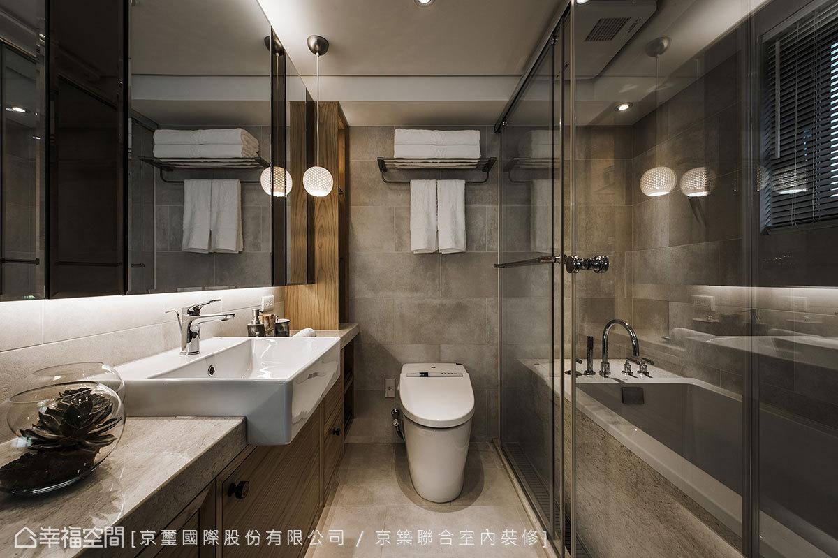 即便是7坪小宅,設計師周彥如仍精算入泡湯、淋浴的機能段落,徹底營造出City Resort的頂級享受。