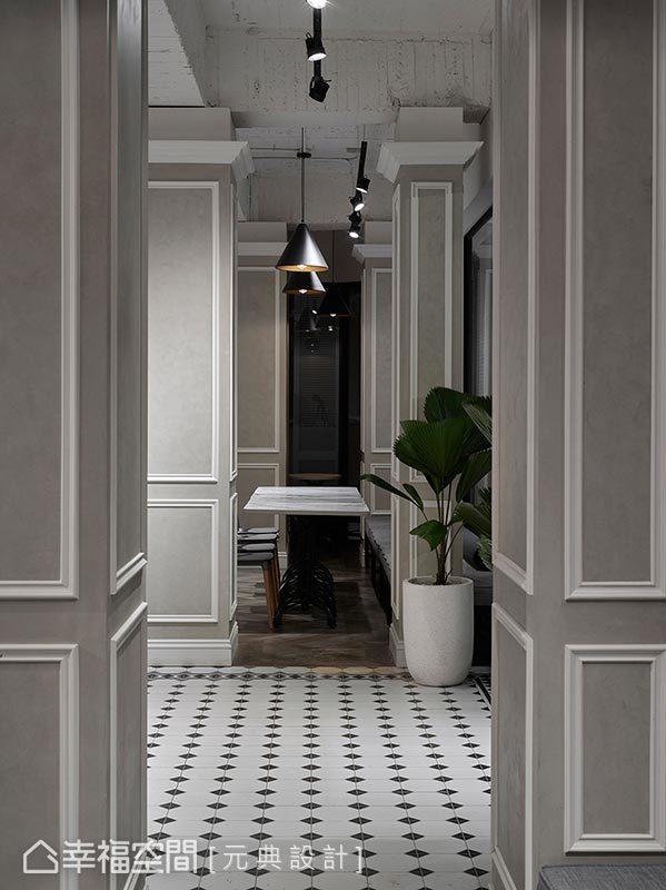 純白線板與卡其漆面相輔相成,為結構樑柱打造全新面貌,同時化身空間不可或缺的經典陳設。