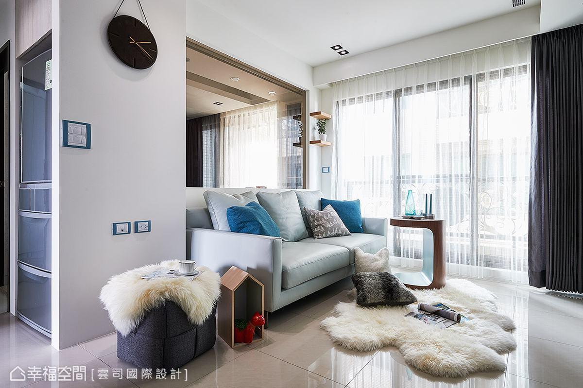 空間中的風格家具與軟件搭配得恰到好處,輕鬆營造出輕鬆閒適的北歐況味。