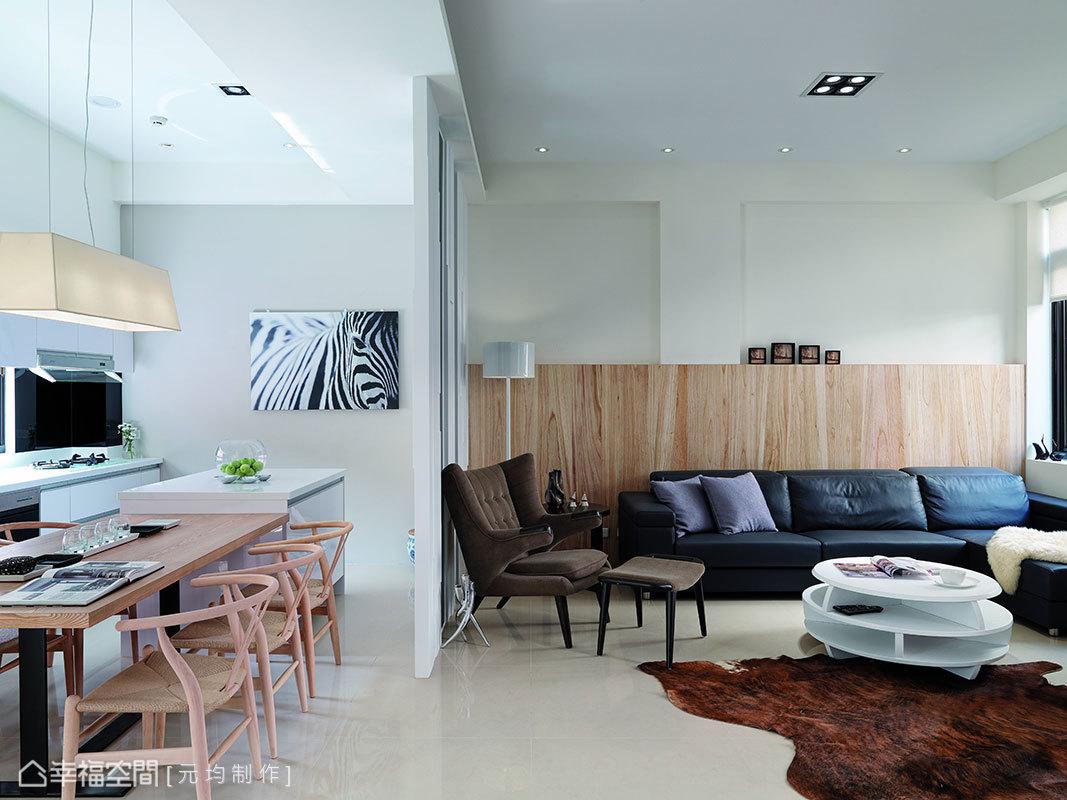 餐、廚之間,以灰鏡與烤漆現代媒材為屏,輕透展現開放式廚房的敞朗。
