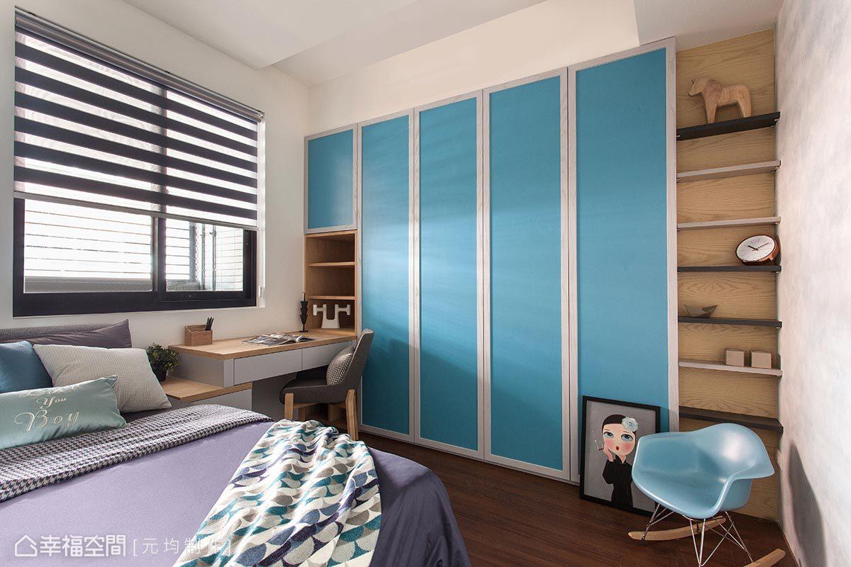 設計師馬愷君使用天空藍美耐板與進口壁紙,以鮮明的色調與細膩的質感,豐富小朋友的夢想。