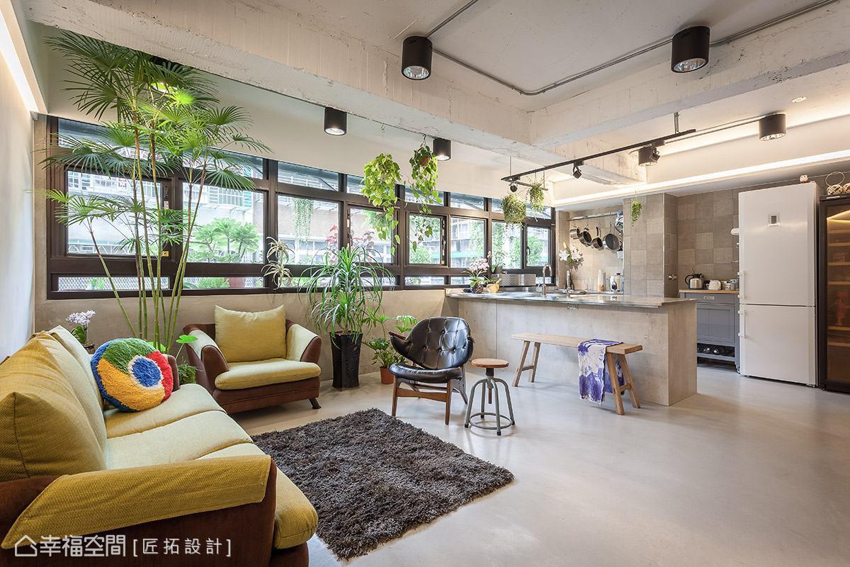 匠拓設計保留天花板的裸露質地,展現工業風原始粗獷之美。