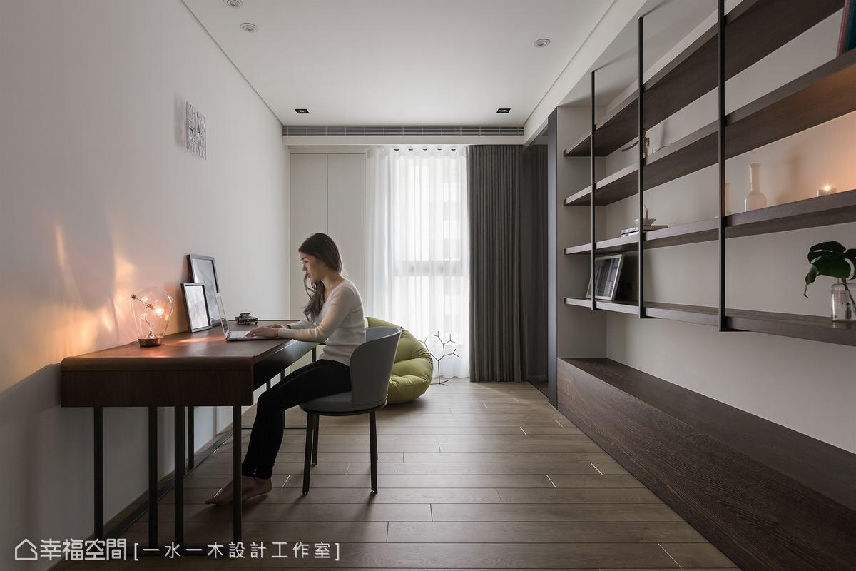 介於公共空間與私領域之間的多功能空間,可依照屋主需求作為書房、客房或兒童房,充滿變化及實用性。