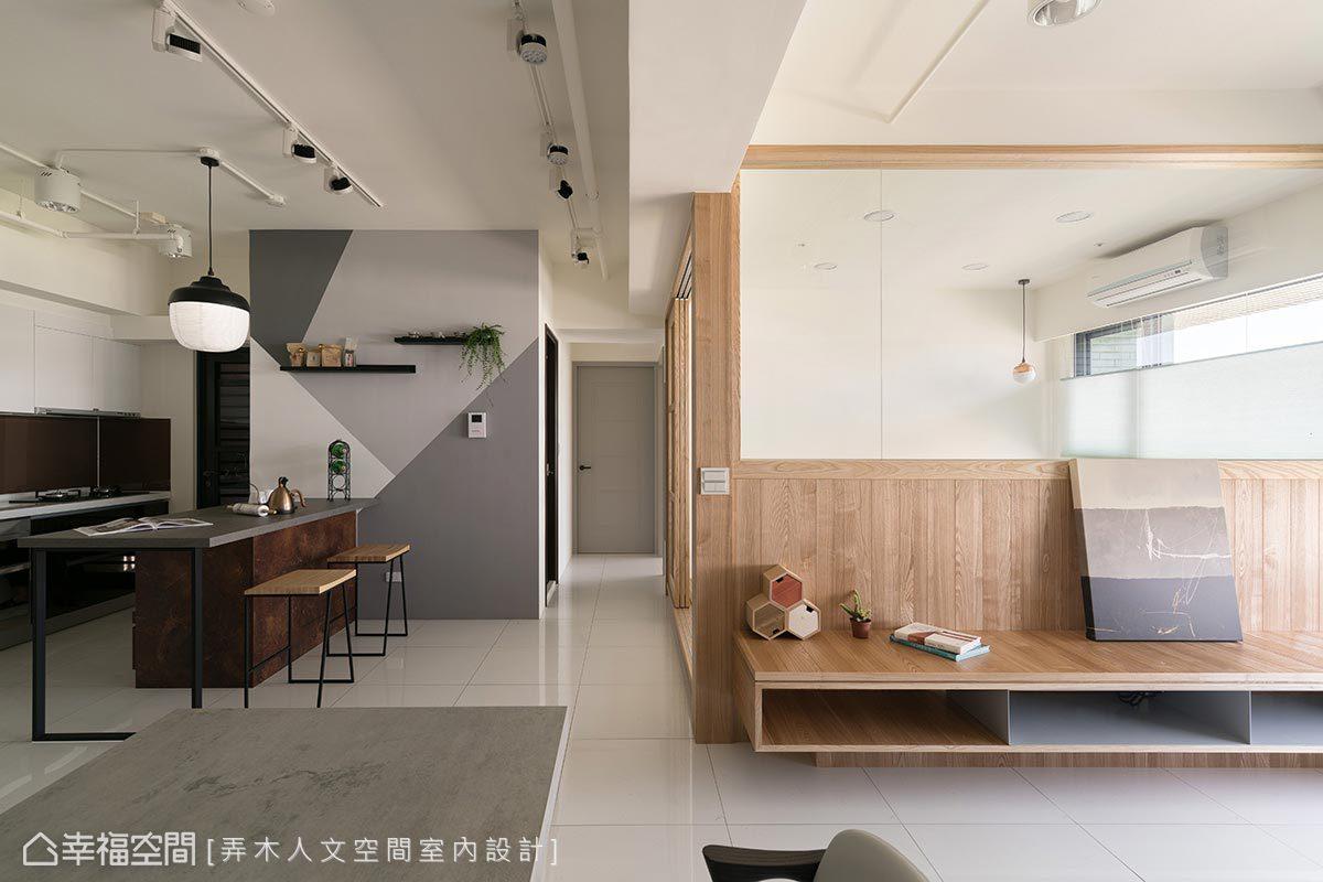 採木質語彙結合北歐輕工業風元素鋪陳,將家人的喜好完美融合,形塑實用舒適居所。