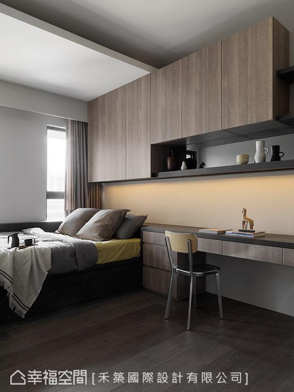 維持一貫的溫潤調性鋪陳場域表情,並以實用性為規劃重點,賦予空間完善的使用機能。