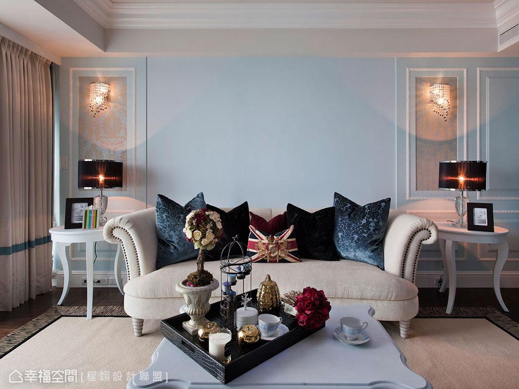 透明與水藍的珠鑽搭配,訂製清新空間裡的奢華表情。