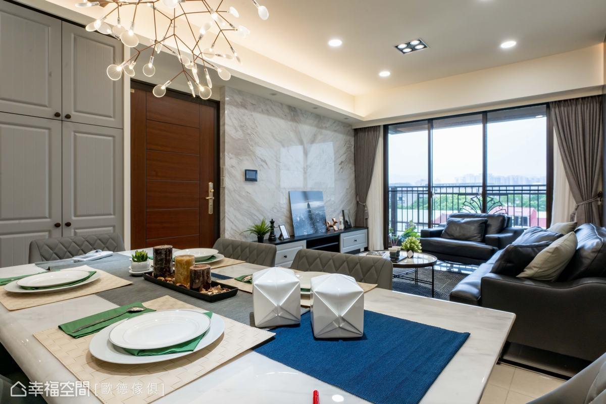 大理石材質搭配仿皮革門片及皮製沙發,堆砌微奢華韻味,散發濃郁人文藝術氣息。