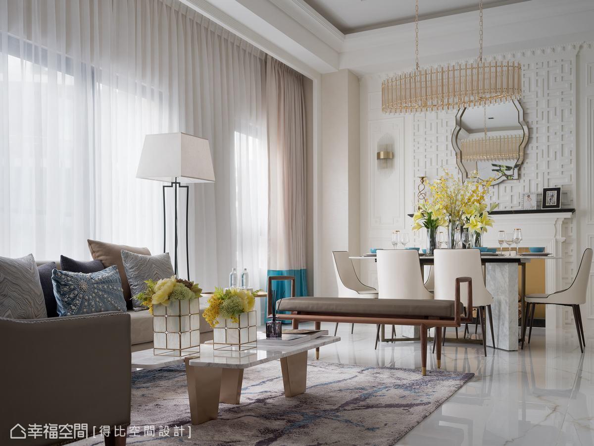 在西方架構中逐一添入長凳、立燈、圖騰等東方元素,構築中西合璧的新穎面貌。