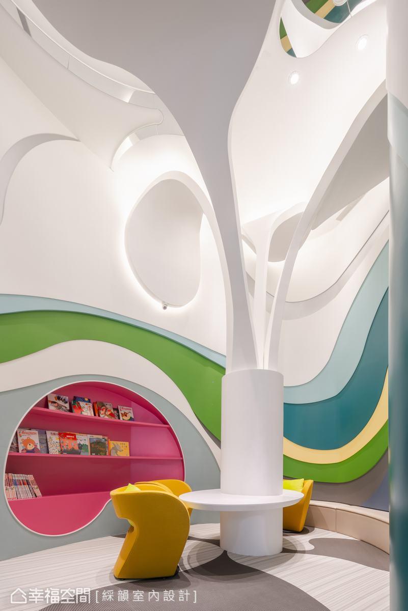 考量為兒童使用的空間,特別採用波隆地毯,便於清潔整理。素雅的米色交錯灰色地坪形狀,同時呼應上方發芽的的意念。