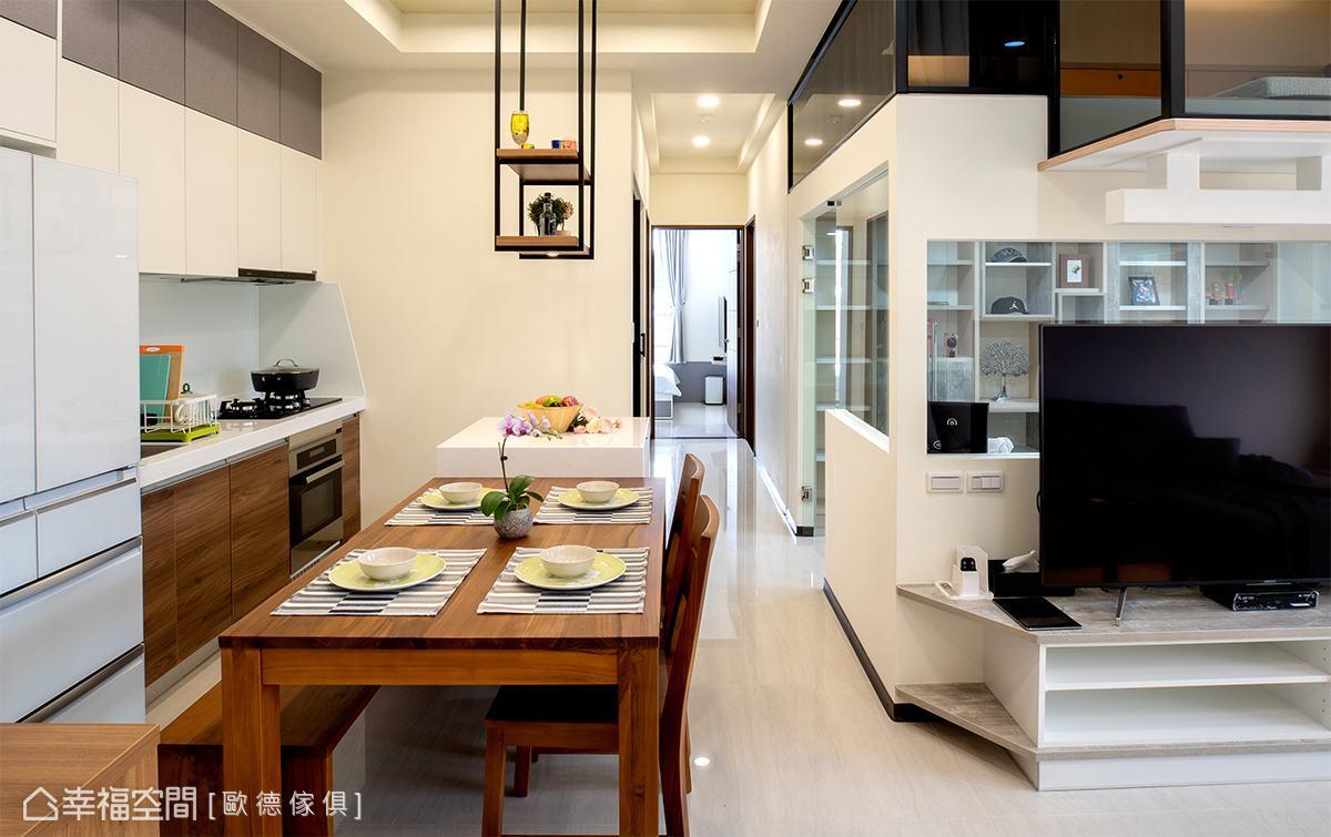 32坪簡約純淨樓中樓 築構恬淡自適生活