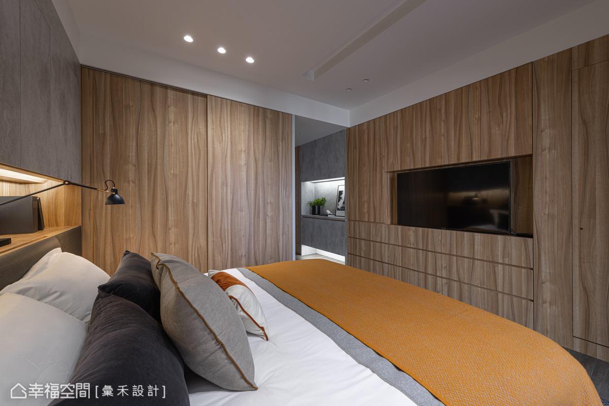 使用屋主喜愛的自然木質為空間增溫,構築置身度假小木屋般的悠閒祥和氣氛。