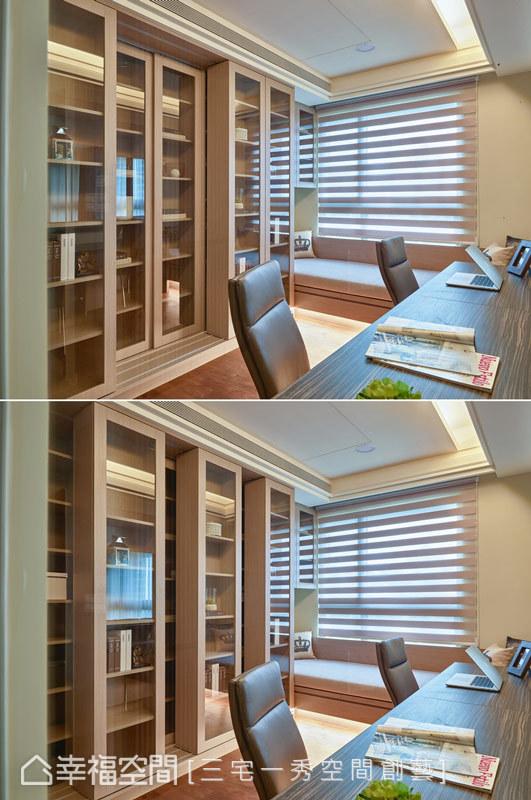 屋主夫婦原來都擔任教職,有豐富的藏書,所以設計雙層的書櫃,外層的書櫃可以推拉移動,而書櫃的收納尺寸都是經過計算才訂製完成。
