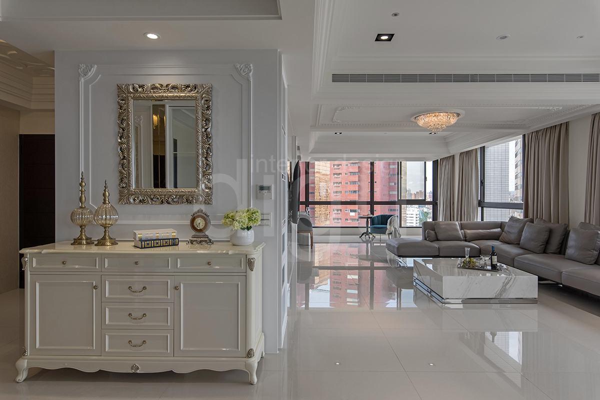 透亮景觀宅 打造白色新古典美學