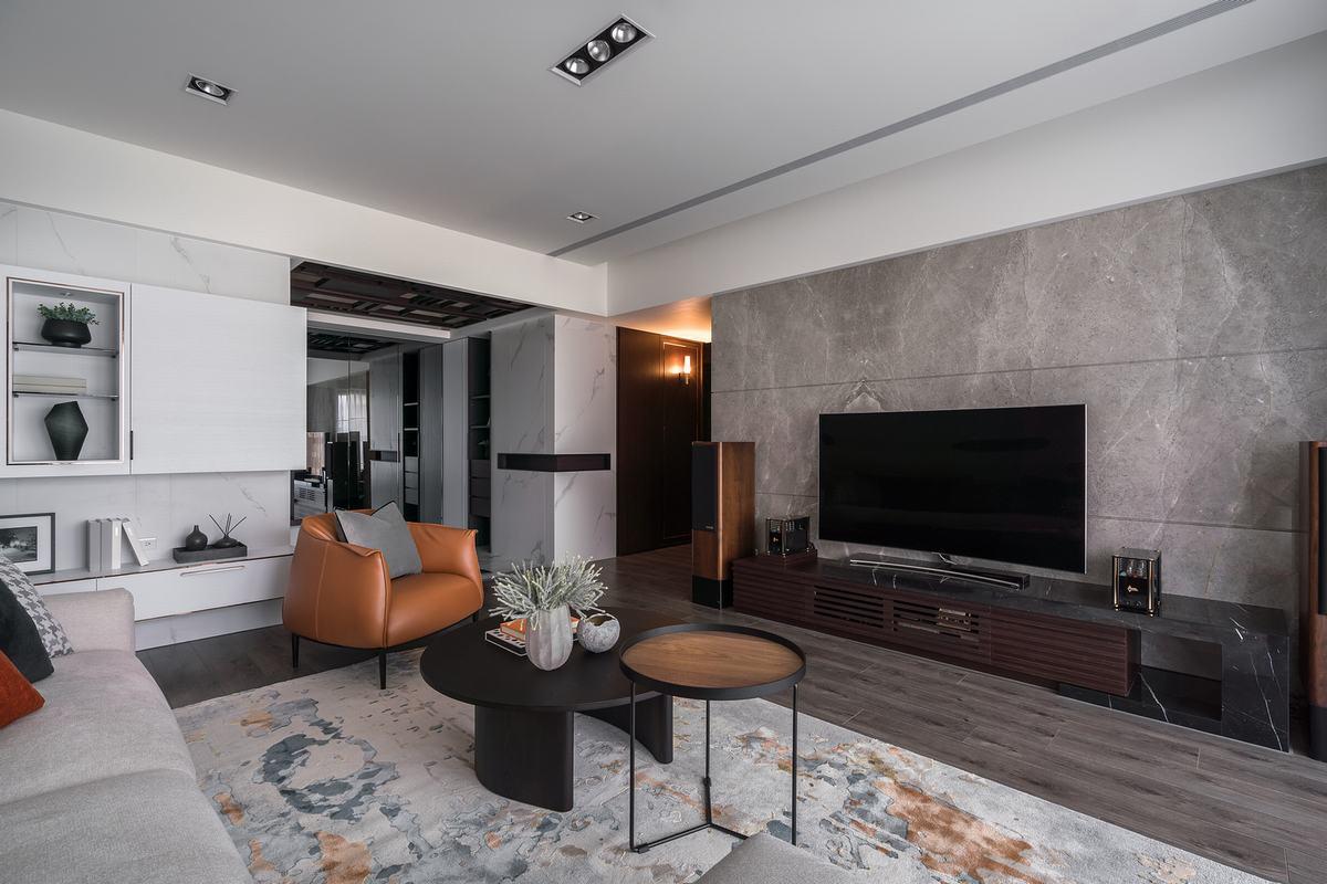 內斂微奢語彙融合機能美型 砌築現代風精緻全齡宅